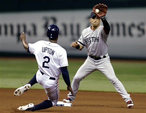 Ellsbury leads Red Sox over sliding Rays 5-2
