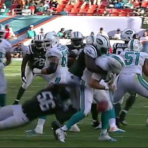 Miami Dolphins quarterback Ryan Tannehill sacked, fumbles and New York Jets recover