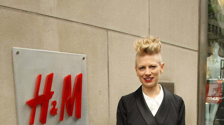 """""""Fashion Star"""" Winner Appears At H&M Flagship Store"""