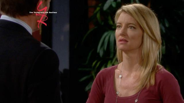The Young and the Restless - Kelly's Bold Move