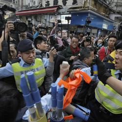 Hong Kong Police Use Pepper Spray During Chaotic Shopping Protest