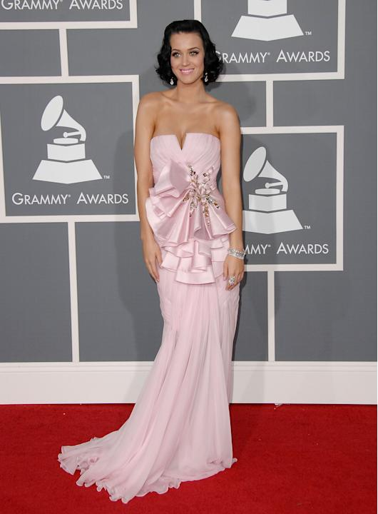 I love me some crazy-haired, handmade beaded mini dress-wearing Katy Perry, like the rest of you guys, but I went bananas for Katy in 2009 in this soft pink strapless embellished Basil Soda number wit