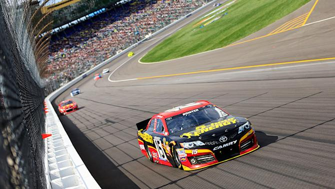 Quirks and all, Clint Bowyer lands among elite