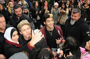 PHOTOS: One Direction Sign Autographs At The Today Show After Announcing 3D Movie Release