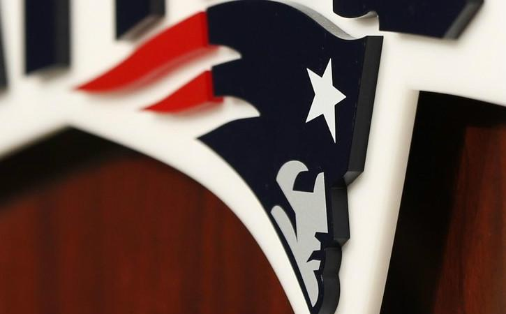 Patriots' Weekly: That thumb needs a ring too
