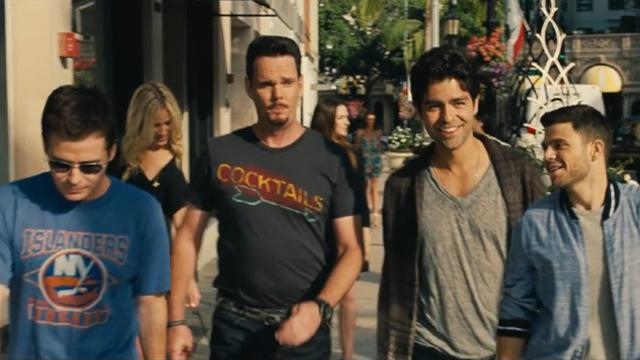 The 'Entourage' Crew Is Back in First Trailer for Their Movie!