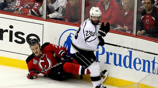 Jarret Stoll #28 Of The Los Angeles Kings Collides Getty Images