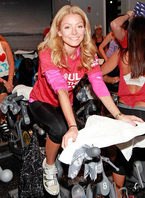 Kelly Ripa Helps Raise Over $100,000 for Hurricane Sandy Relief at SoulCycle Event