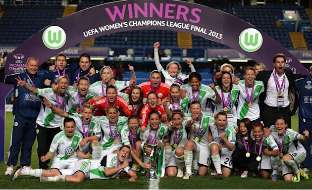 Soccer - Women's UEFA Champions League Final - Olympique Lyonnais v VfL Wolfsburg - Stamford Bridge
