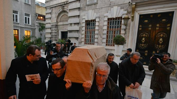 People carry the casket of murdered New York woman Sarai Sierra from the Surp Yerrortutyun church to an ambulances in Istanbul, Turkey, Wednesday, Feb. 6, 2013. Sierra, a 33-year-old mother of two, went missing while vacationing alone in Istanbul. Her body was discovered late Saturday amid the city historical walls. Her body is expected to be sent back home, New York, on Thursday.(AP Photo )