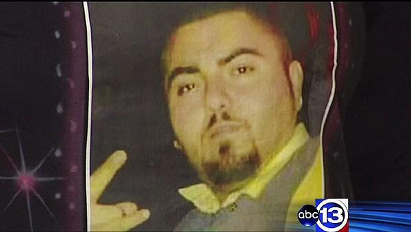 Family pleads for help to find man's murderer