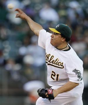 Colon extends scoreless streak in A's 10-4 win