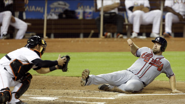 Braves snap 4-game slide, top Marlins 5-2