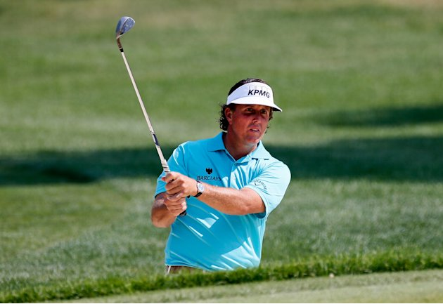 World Golf Championships-Bridgestone Invitational - Round One