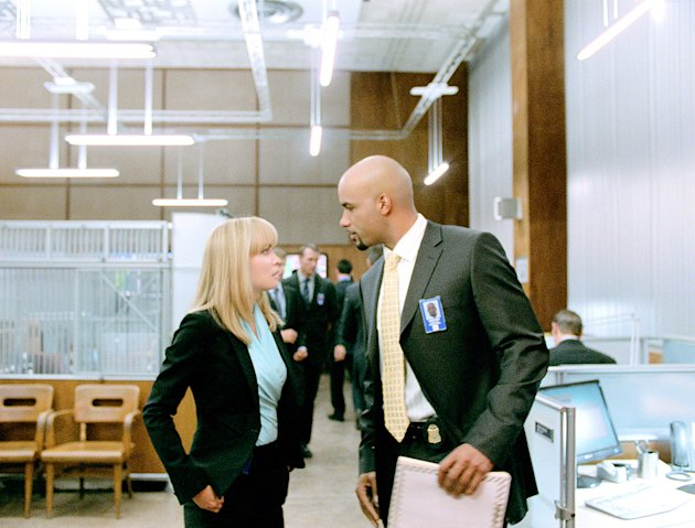 Surrogates Production Photos Touchstone Pictures 2009 Radha Mitchell Boris Kodjoe