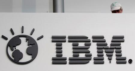 IBM targets $40 billion in cloud, other growth areas by 2018
