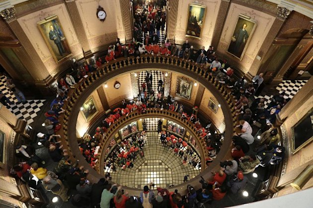 Mich. House Approves Right-To-Work Limiting Unions