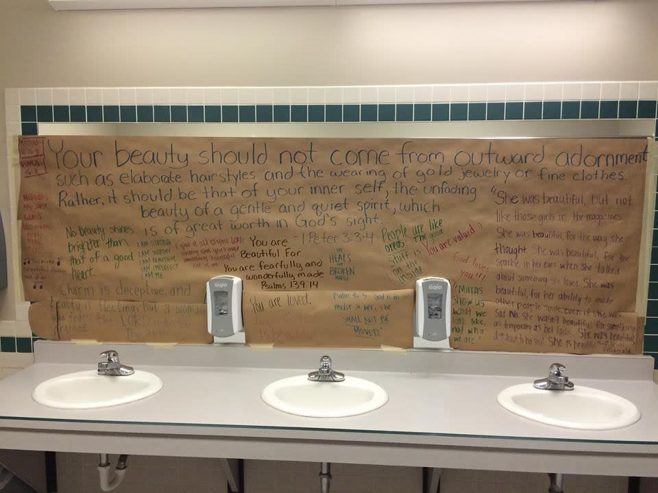 Female Students Cover School Mirrors With Inspiring Body-Positive Messages