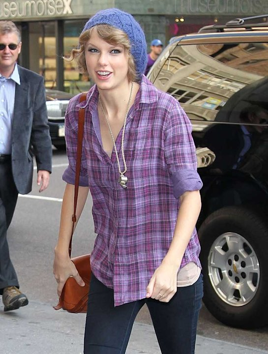 Taylor Swift Out InNY