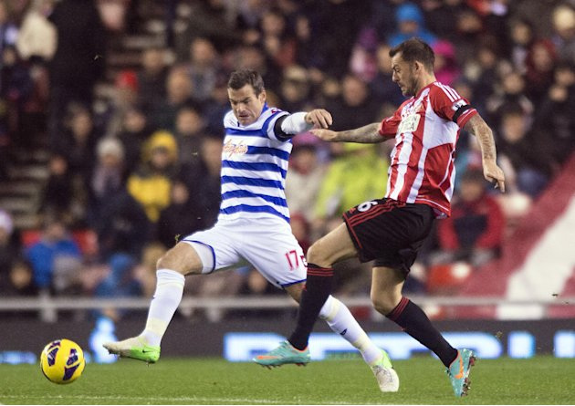 Steven Fletcher, right, wasted two good chances to score for Sunderland