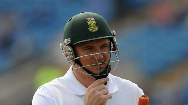 Graeme Smith was dismissed for 24