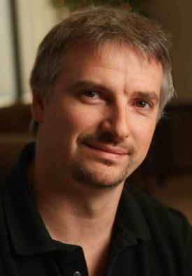 Glen Mazzara Signs Overall Deal With Fox TV Studios