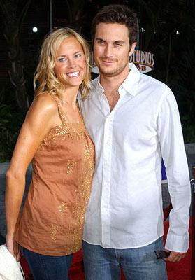 Premiere: Erinn Bartlett and Oliver Hudson at the Universal City premiere of Universal Pictures' The Skeleton Key - 8/2/2005
