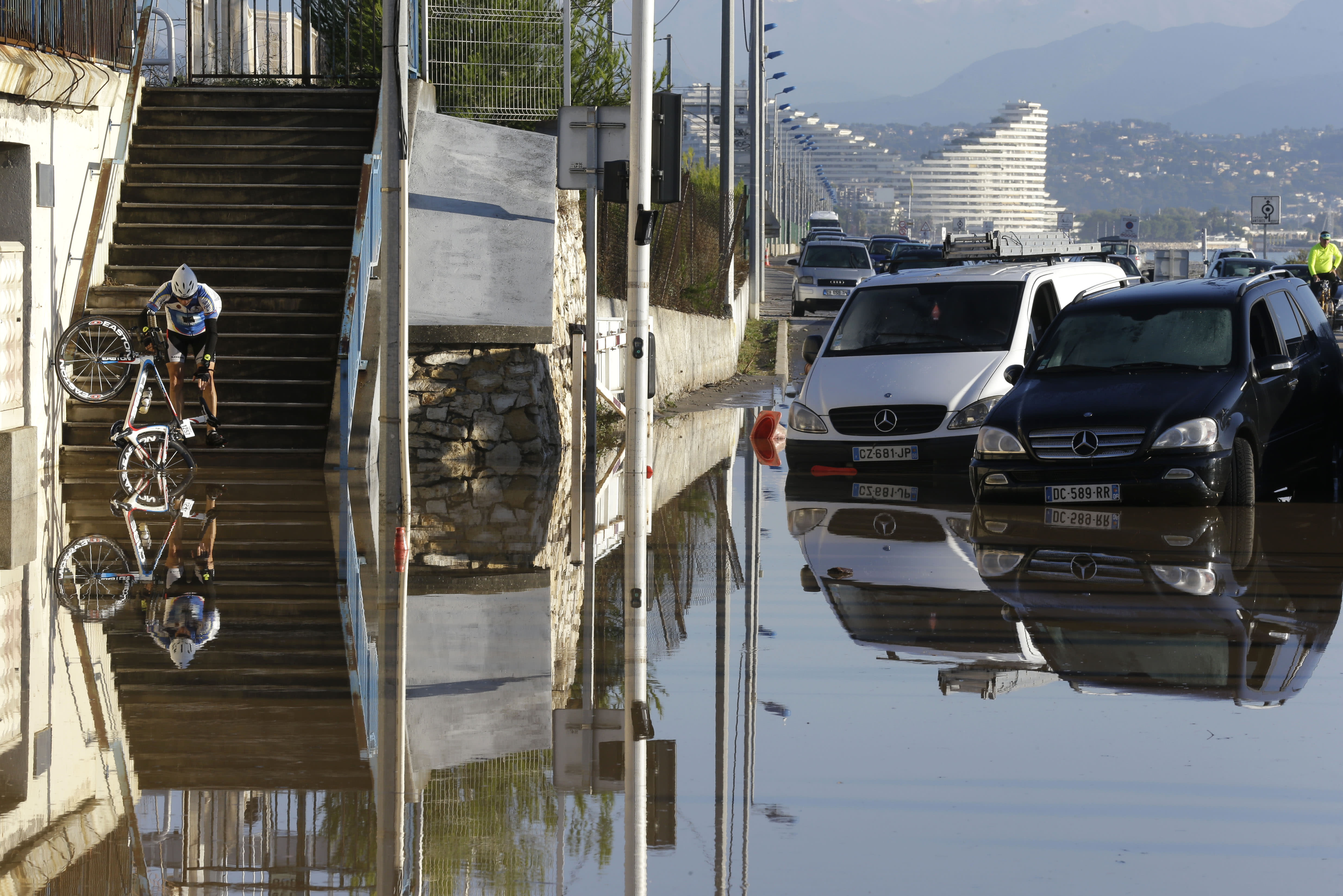 Flash floods on French Riviera kill at least 16