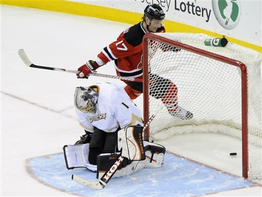 Brodeur, Devils beat Ducks 3-2 in shootout