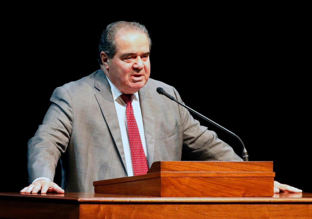 Supreme Court Justice Scalia dies