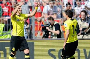 Borussia Dortmund 4-2 Mainz: Hosts move ahead in battle for second place