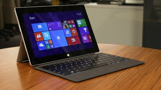 Microsoft Surface 2 Review: A Tablet / Keyboard Duo Worthy of a Second Chance (ABC News)