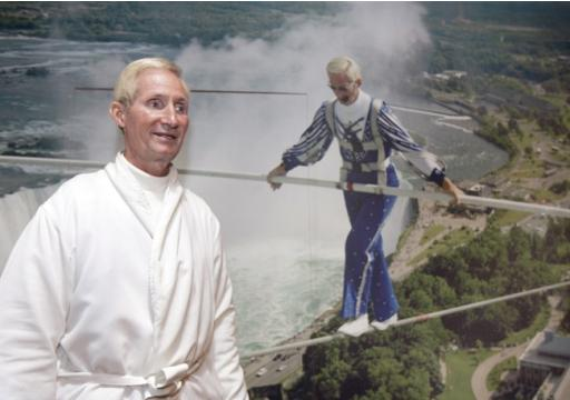 Jay Cochrane waits to sign autographs in his gallery in the Skylon Tower after walking on a tightrope cable in Niagara Falls, Ont., Aug. 22, 2007. Cochrane died Wednesday in Niagara Falls at the age of 69. THE CANADIAN PRESS/AP-David Duprey