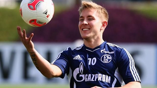 2012/2013 FC Schalke Lewis Holtby