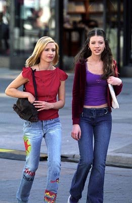 Sarah Michelle Gellar and Michelle Trachtenberg of Buffy The Vampire Slayer
