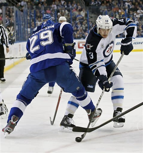 Wellwood scores in OT as Jets beat Lightning 2-1