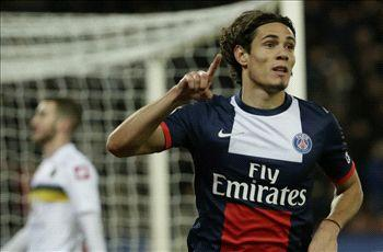 Paris Saint-Germain 5-0 Sochaux: Ibrahimovic and Cavani lead champions back to winning ways