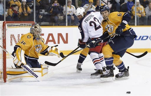 Predators scores 4 in 1st, beat Blue Jackets 5-2