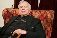 "US novelist Gore Vidal in his Los Angeles home in 2006. Gore, the iconoclastic commentator on American life and history in works like ""Lincoln"" and ""Myra Breckenridge"", has died aged 86"