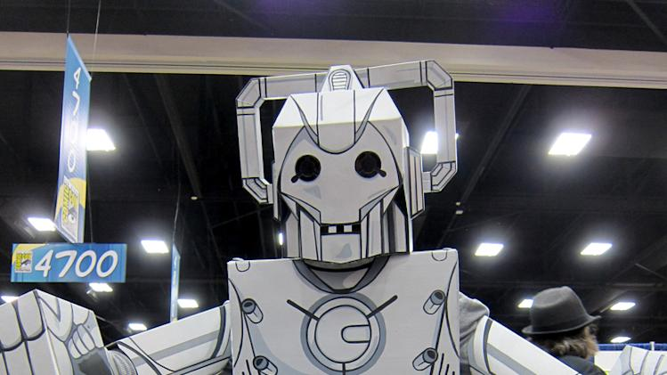Beware the cardboard Cyberman - San Diego Comic-Con 2012