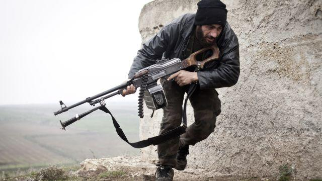 The US is ditching its troubled plan to train Syrian rebels for something even less ambitious