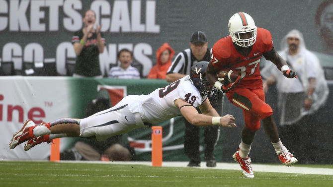 Miami snaps slide, tops Virginia 45-26