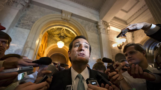 Cruz, Lee delay votes on spending bill