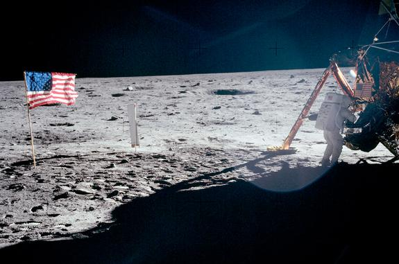 NASA's Moonwalking Apollo Astronauts: Where Are They Now?
