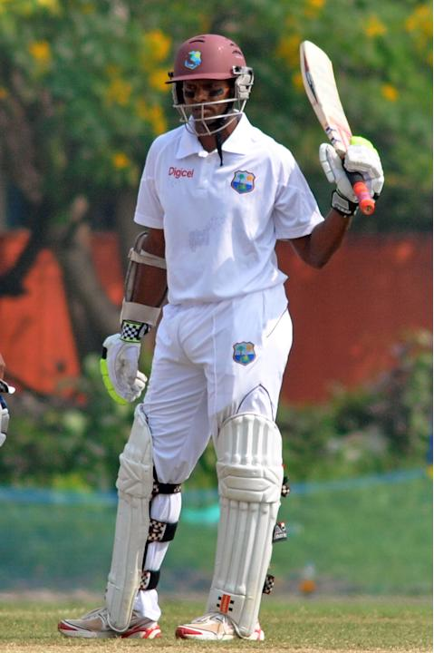 West Indies player S Chanderpaul during Day 2 of practice match between West Indies and Uttar Pradesh Cricket Association XI at the Jadavpur University Ground in Kolkata on Nov.1 2013. (Photo: IANS)
