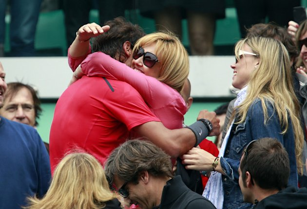 Spain's Rafael Nadal Celebrates With His Mother Ana Maria Parera (in Pink), And Sister Maria Isabel Nadal (R) And His AFP/Getty Images