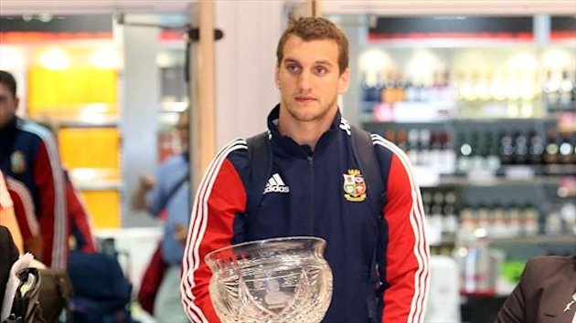 Sam Warburton arrives at Heathrow Airport