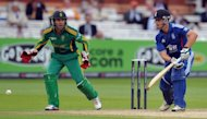 "England batsman Jonathan Trott (R) hits a ball past South African wicketkeeper AB de Villiers during their 4th ODI on September 2. ""The positive thing is the series is still alive. We can level it, which would be a great achievement, and I really believe we can do that,"" de Villiers said"