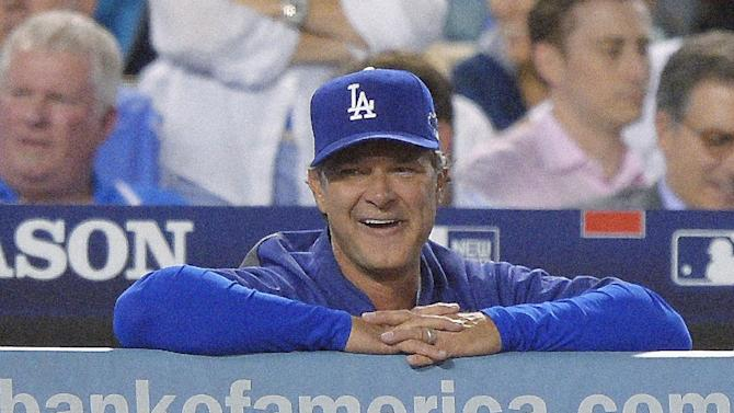 Don Mattingly gets 3-year deal as Dodgers manager
