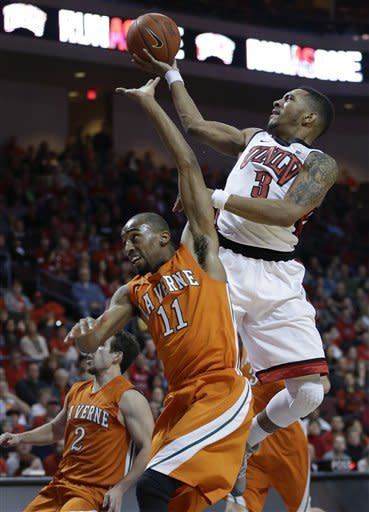 No. 20 UNLV cruises past La Verne 91-44